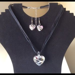 New Glass heart necklace set
